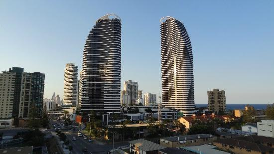 Broadbeach Savannah Resort: view from 9th floor