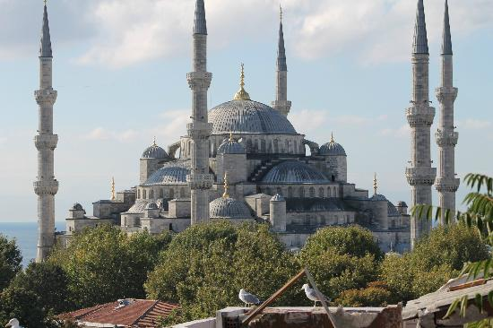 Nomade Hotel: Unobstructed view of the Blue Mosque from the Terrace