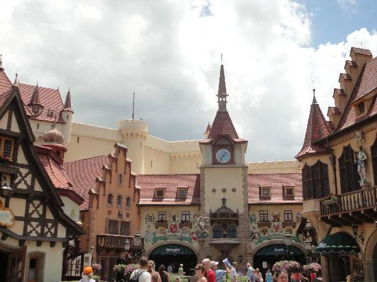 Karamell Kuche: Germany in Epcot, the building half cut off on the left is Karmell Kuche!
