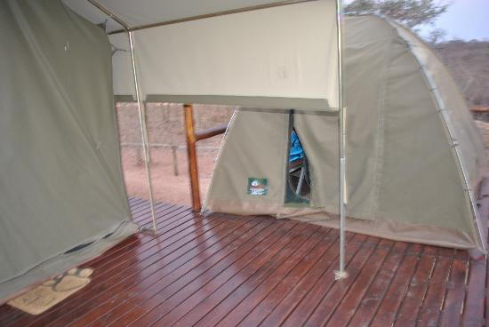 Tydon Safari Camp: Our tent with a seperate tent for the kids