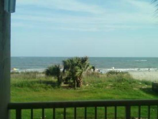 Super 8 Myrtle Beach/Ocean Front Area: View from balcony (2nd floor) ocean front