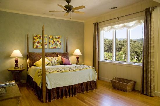The Wine Country Inn: Gorgeous rooms...