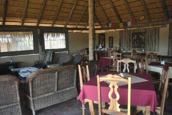Tydon Safari Camp: Breakfast area