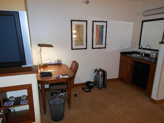 Hyatt Place Kansas City/Overland Park/Metcalf: room