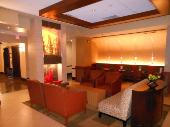Hyatt Place Kansas City/Overland Park/Metcalf: lobby