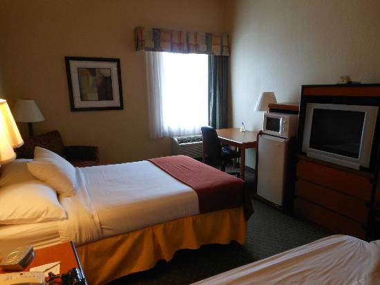 BEST WESTERN Tampa: room
