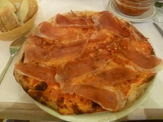 La Gioconda: Pizza with too much topping