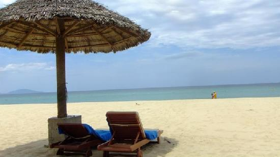 Palm Garden Beach Resort & Spa: Beach at the resort