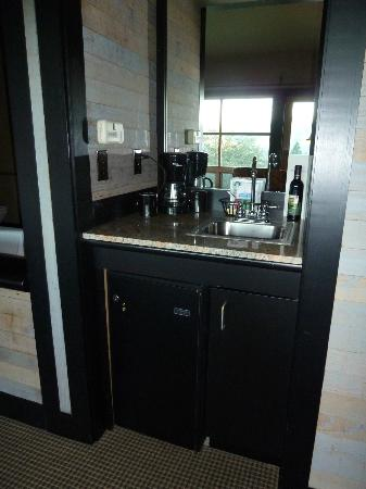 Sun Mountain Lodge: Mini Bar