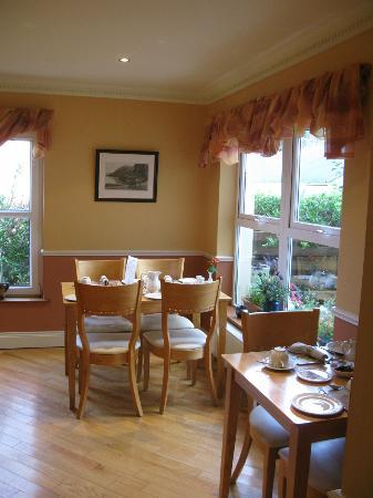 Kingfisher Lodge: Breakfast room