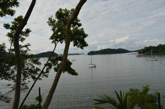 Hotel Bocas del Mar: View from walking path