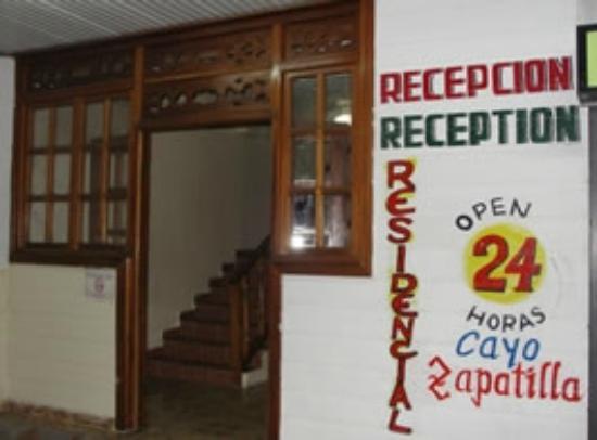 Hotel Cayo Zapatilla : Recepción