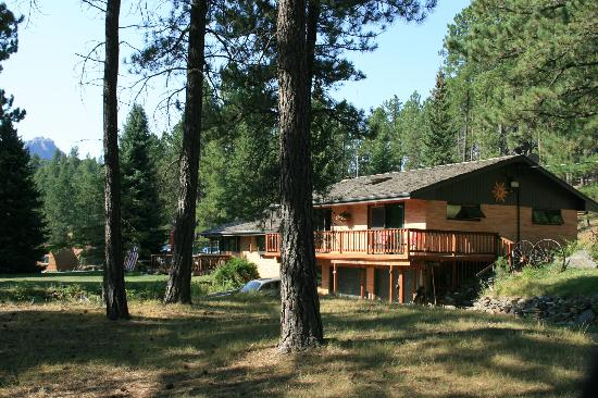 Elk Ridge Bed & Breakfast: Outside of Elk Ridge B & B