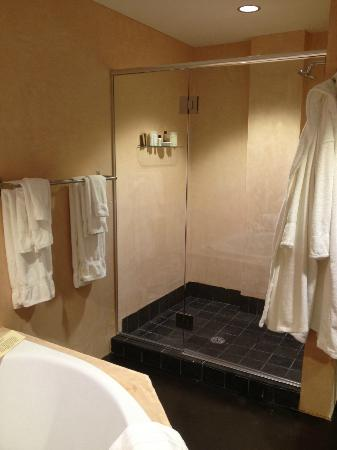 Inn at The Black Olive: Shower for two