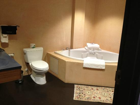 Inn at The Black Olive: Very large bathroom, tub with air jets and shower!