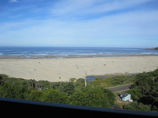 BEST WESTERN Agate Beach Inn: View from 6th floor room