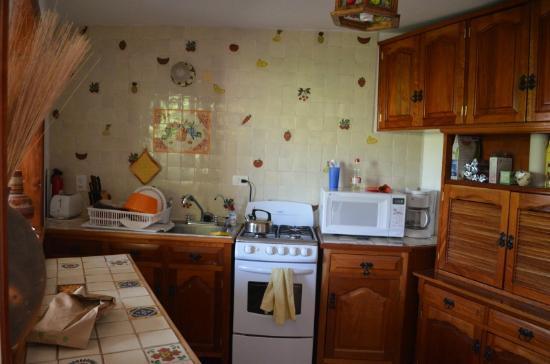 La Casa de Dona Ana: Kitchen