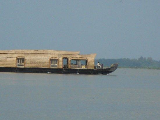 Aagaman Inn Homestay: Aagaman Houseboat