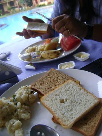 Resort Terra Paraiso: breakfast it is...