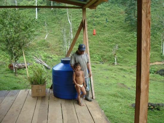 Rambala, Panama: Locals
