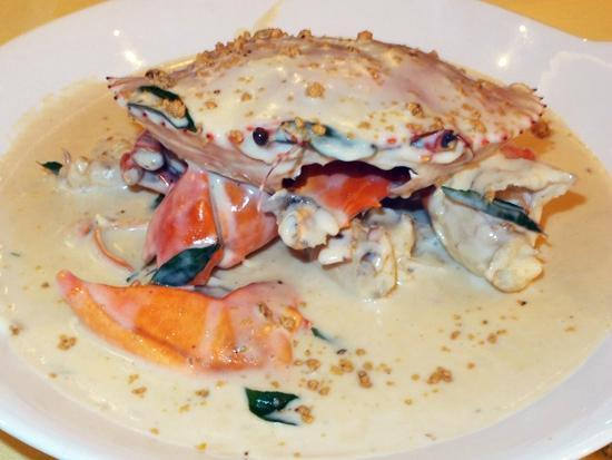Signature Creamy Butter Crab - Picture of Seafood Paradise, Singapore ...