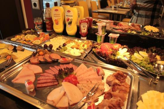 Hotel Lousberg : breakfast variety