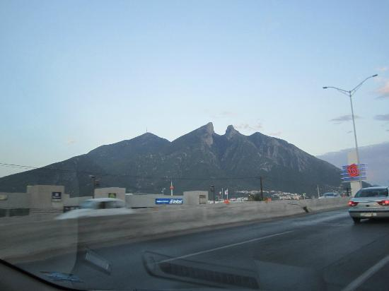 Fiesta Inn Monterrey Tecnologico: Cerro de la Silla