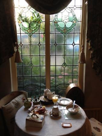 Fern Cottage: the breakfast room