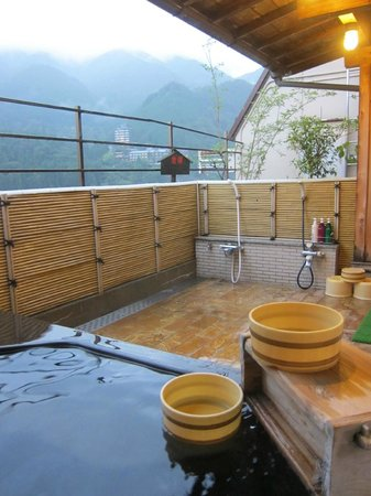 Gero Onsen Fugaku: The outdoor onsen at the roof top of the hotel
