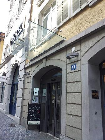 โซเรลล์โฮเทล รุทลี: 酒店門口