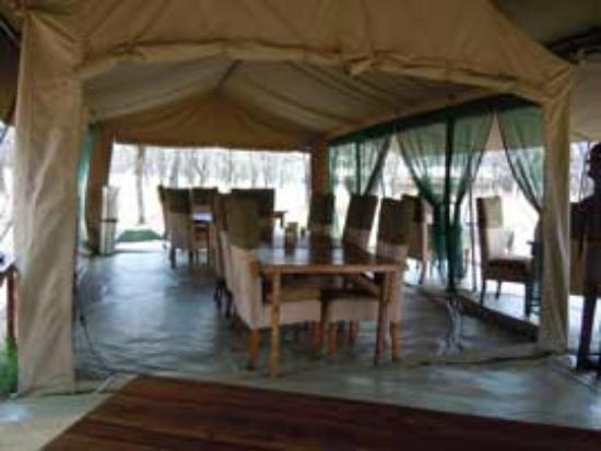 Dunia Camp, Serengeti: Dining room