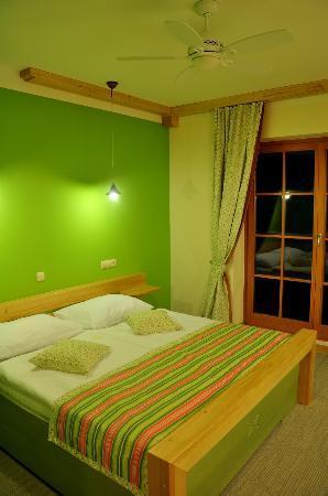 Natura Amon: Green Premium Room