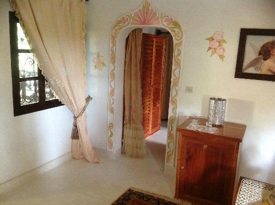 African House Resort Schlafzimmer Haupthaus Zum Ankleideraum Und Badezimmer