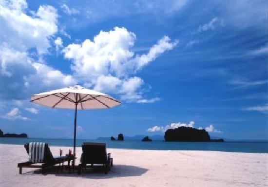 Tanjung Rhu Resort: Beach View 3