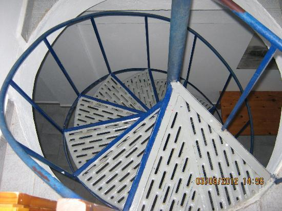Kavos Bay Apartments: spiral staircase, I liked it
