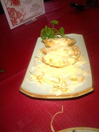 Henry's Oriental: Prawn and Dragon Rolls.