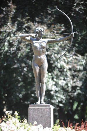 The Archer Lady