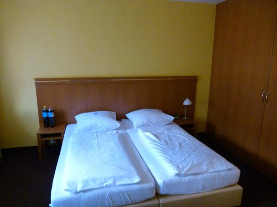 Hotel Hamburg: Habitacion