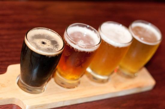 Red Oak Pub and Restaurant: Craft Beer Pub Paddle