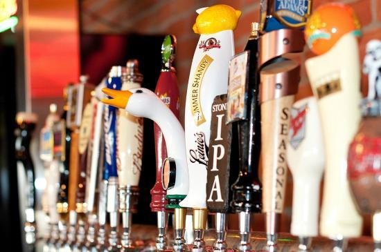 Red Oak Pub and Restaurant : Craft Beer Newark Ohio