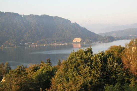 Schuetzenhof: Aussicht vom Balkon