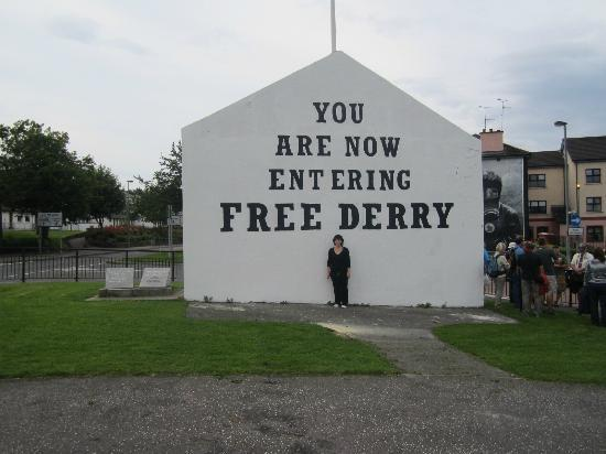 Visit Derry - Visitor Information Centre : Learning about the history of Northern Ireland