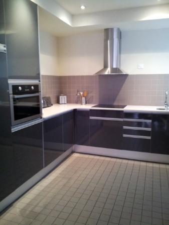The Urban Suites: Cucina 