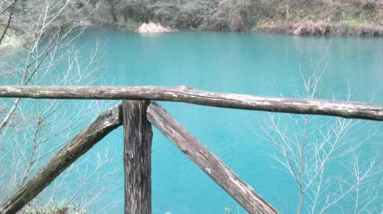 Antico Borgo Isola Santa: il lago dove sorge isola santa