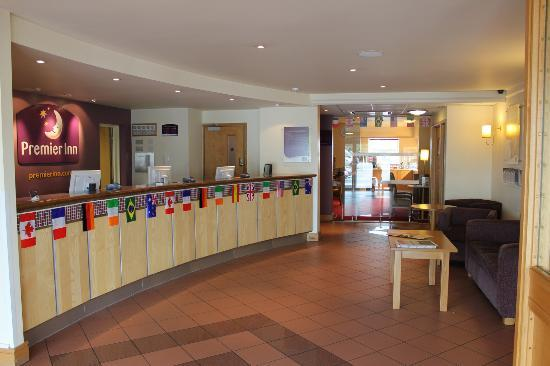 Premier Inn Bolton (Stadium/Arena) Hotel: Reception.