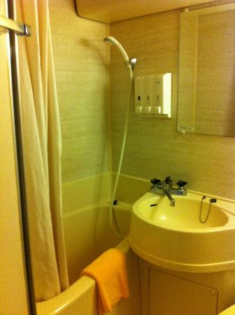 โรงแรมสุมิโช: 狭いお風呂