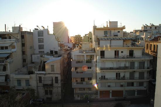 Atrion Hotel: Vista frontale
