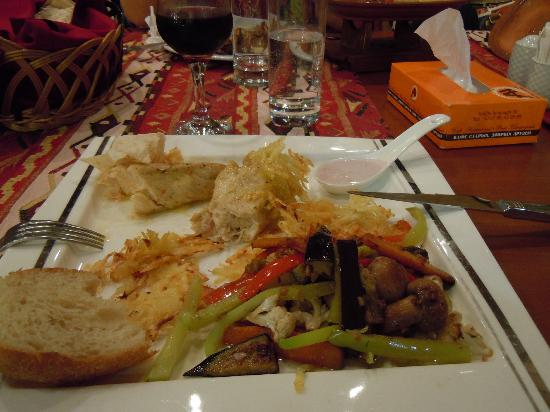 ottima carne all'Ararat Hall Yerevan