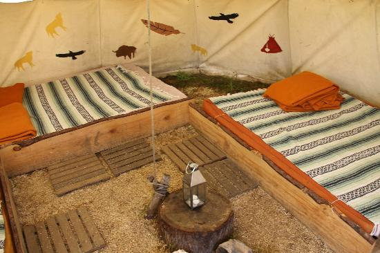 les tipis du bonheur de vivre brulon sarthe voir les tarifs et avis camping tripadvisor. Black Bedroom Furniture Sets. Home Design Ideas