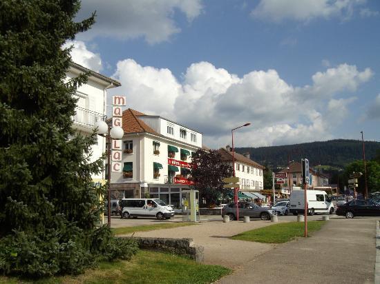 Environnement picture of hotel de la paix gerardmer for Gerardmer hotel des bains